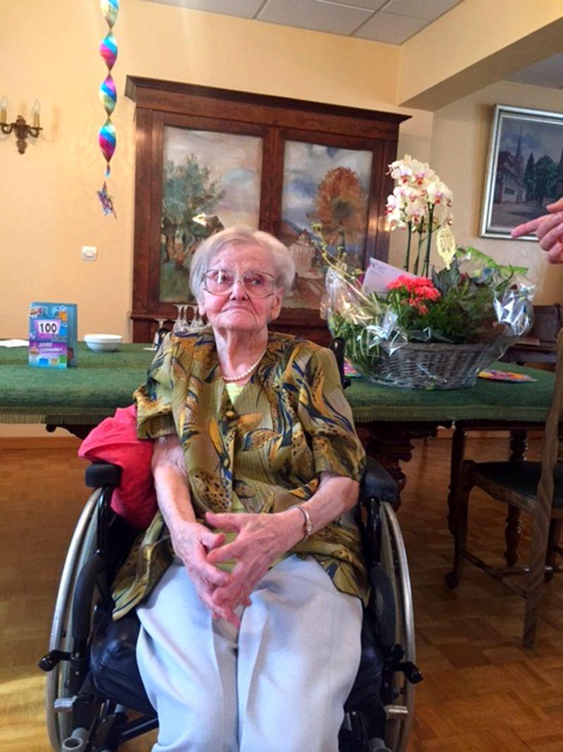 Née le 19 juin 1915 à Erstein A Salem depuis le 24 mars 2006 Félicitation